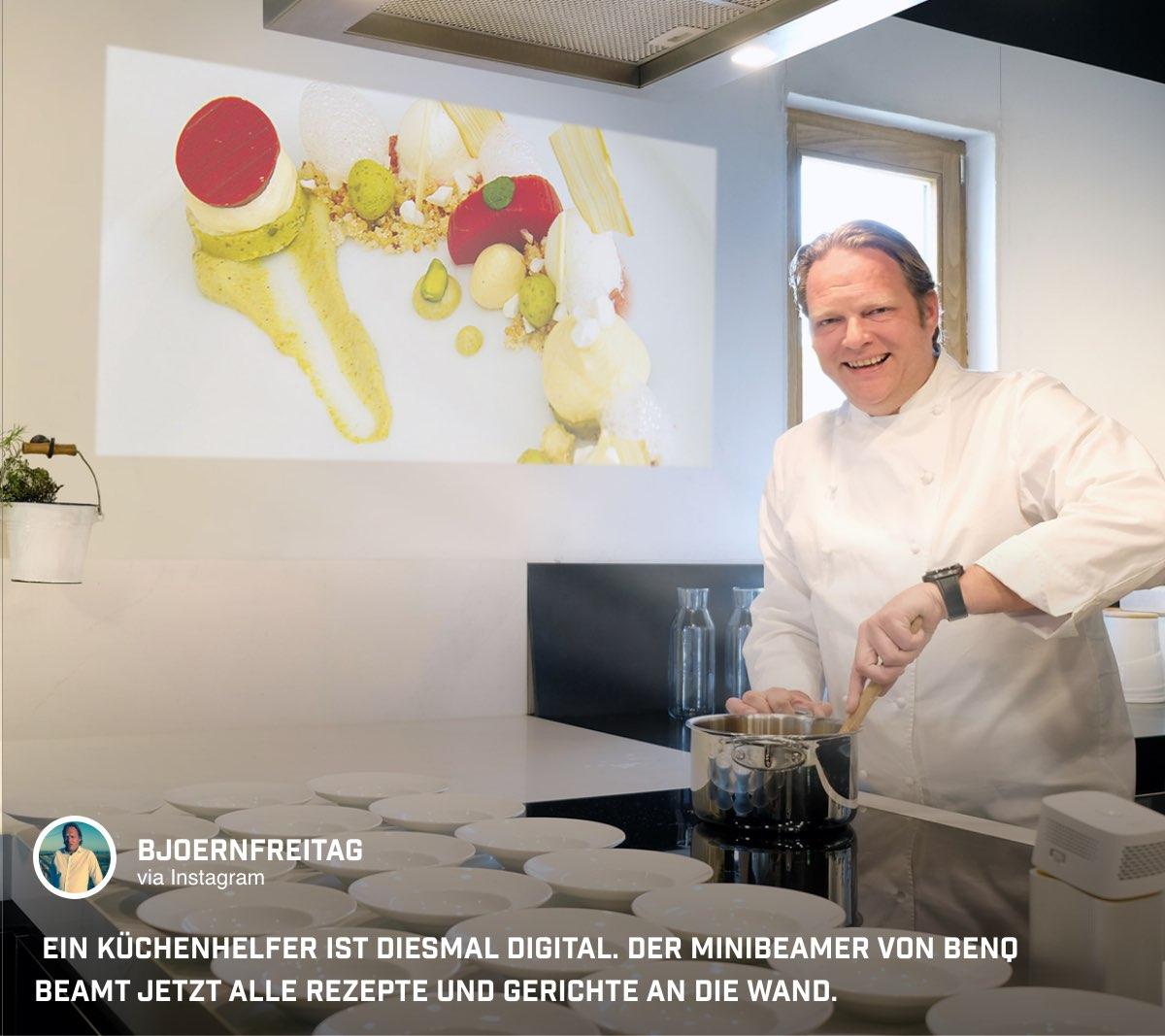 Vielseitig einsetzbar: @bjoernfreitag beamt Rezepte mit dem GV1 einfach an die Wand.